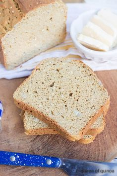 High Protein Quinoa Bread Recipe - this healthy, gluten-free bread is perfect for sandwiches, toast and everything in between!