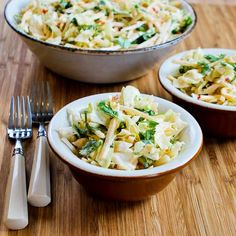 Recipe for Apple-Jicama Slaw with Sweet and Spicy Sriracha Dressing [from Kalyn's Kitchen]  #SouthBeachDiet #Meatless #GlutenFree