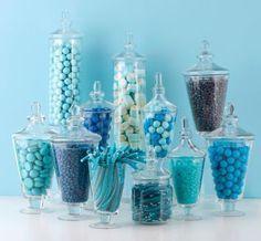 Distintas tonalidades de azul para tu mesa dulce de color azul serenidad. #CaramelosArtesanalesCartagena