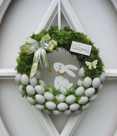 Osterkranz Ostern Trdeko Dekokranz Eierkranz Mooskranz 25 cm in Mbel amp; Deco Wreaths, Easter Activities, Easter Celebration, Easter Holidays, Diy Wreath, Wreath Ideas, Spring Crafts, Easter Crafts, Bunny Crafts