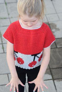 Virkkuumania: Virkkurin kuosikalenteri - kesäkuu - virkattu kirs... Crochet Top, Tops, Women, Fashion, Moda, Women's, Fashion Styles, Woman, Fasion