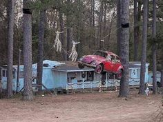 It's a Redneck Christmas! Jeff Foxworthy would be PROUD!!!  I love the use of the beetle