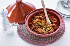 Kijk wat een lekker recept ik heb gevonden op Allerhande! Tajine met aubergine Tagine, Tajin Recipes, Ras El Hanout, Middle Eastern Recipes, Pasta Salad, Healthy Life, Meal Prep, Food And Drink, Dinner Recipes