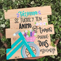 Diy Home Crafts, Clay Crafts, Wood Crafts, Decoupage, Ideas Para Fiestas, God Is Good, Wooden Signs, Hand Lettering, Art Projects