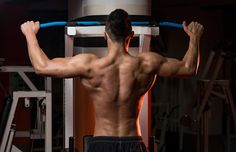 Want a more defined back? There are 3 laws for building muscle.