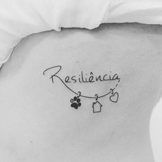 ❤ #tattoo #tatuagem #resiliencia #tatuagensfemininas #tatuagensdelicadas #tatuagenspequenas #resilience #resiliencetattoo #rodrigotattoostudio #serra #es