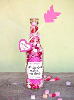Best DIY Valentines Day Gifts - Valentines Candy Bottle - Cute Mason Jar Valentines Day Gifts and Crafts for Him and Her | Boyfriend, Girlfriend, Mom and Dad, Husband or Wife, Friends - Easy DIY Ideas for Valentines Day for Homemade Gift Giving and Room Decor | Creative Home Decor and Craft Projects for Teens, Teenagers, Kids and Adults http://diyjoy.com/diy-valentines-day-gift-ideas