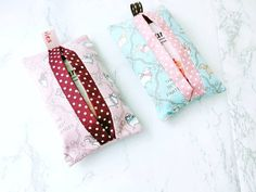 Pocket tissue holder gift set reusable tissue pouch in cute image 3 Kawaii Crafts, Small Coin Purse, Gifts Under 10, Tissue Holders, Dog Gifts, Wallets For Women, Small Gifts, Stocking Stuffers, Pouch