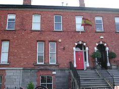 BIBLIOTECA DE DUBLIN. http://dublin.cervantes.es/es/biblioteca_espanol/informacion_general_biblioteca_espanol.htm