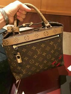 c776615923a 3248 Best I Want All The Purses!! images in 2018 | Bags, Purses ...