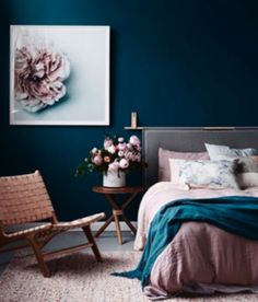 That rich, moody, shadowy navy blue! And the blush combo- omg yessss.