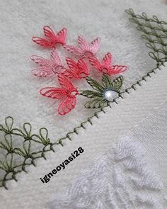 lace # Havlukenar of Needle Tatting Patterns, Hand Embroidery Stitches, Table Runner Pattern, Piercings, Quilted Table Runners, Needle Lace, Moda Emo, Needlepoint, Needlework