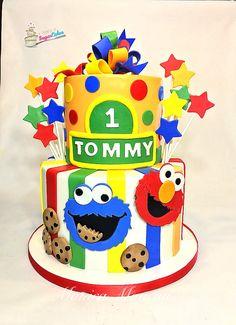 Sesame Street cake https://www.facebook.com/A-Spoonful-of-Sugar-Cakes-Monica-Mancini-190380441153252/