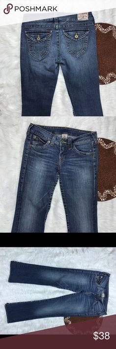 True Religion Becky Women Jeans Size 30 beautiful! Great item , please see pictures for more information   There are NO Major Flaws with this item. If you notice a flaw that we did not mention, please contact us first before leaving negative feedback. We are only human and may make a mistake once in a while.   From Smoke Free Home True Religion Jeans Boot Cut