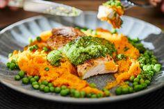 Roston sült csirke medvehagymás salsa verdével recept | Street Kitchen