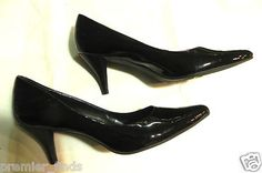 Women's Bandolino Made in Italy Black Patent Heels Size 10 M SZ 10 M  $35    http://www.ebay.com/itm/Womens-Bandolino-Made-Italy-Black-Patent-Heels-Size-10-M-SZ-10-M-/360667801267?pt=US_Women_s_Shoes=item53f979e6b3
