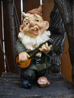 10 inch Gnome Playing Banjo Ukelele Nome Musical Guitar Garden Elf Figurine New | eBay