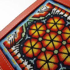 Seed Bead Art, Seed Beads, Mandala Rocks, Color Crafts, Skull Art, Hama Beads, Quilling, Folk Art, Objects