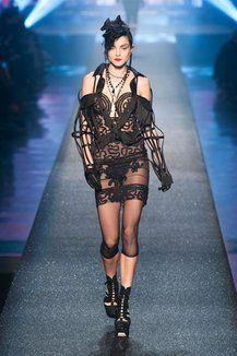Sfilate di Moda - Donna Primavera Estate 2013 - IoDonna