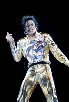 """Michael - I Love You More   L.O.V.E: Man In The Music: Capítulo 5 - History - """" Outras ..."""