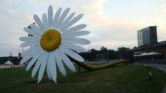 big flower sculpture - Google Search