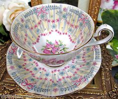 ❤Queen Anne Royal Bridal Gown Pattern Tea Cup and Saucer❤