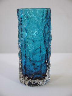 1966 ORIGINAL KINGFISHER GEOFFREY BAXTER TEXTURED BARK VASE BY WHITEFRIARS GLASS