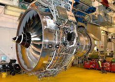How Made It's Boeing Aircraft 787 Dream Liner Jet Engine Turbine Engine, Gas Turbine, Jet Engine, Diesel Engine, Rolls Royce Trent 1000, Aircraft Engine, Boeing Aircraft, Engine Pistons, Aerospace Engineering