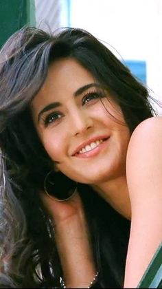 Katrina :-) to get more hd and latest photo click here http://picchike.blogspot.com/