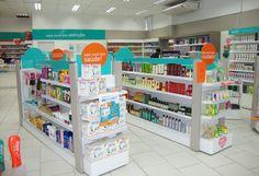 Produtos » Farmácias | Expolight Expositores - Gôndolas, balcões, mobiliário corporativo Pharmacy Store, Layout, Store Design, Creative Design, Signage, Retail, Life Insurance, Industrial, Display