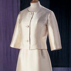 Suit, John Cavanagh, 1963. Museum no. T84 A-1974