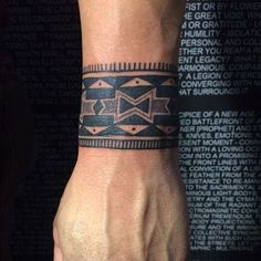Tribal Wrist Tattoos - Best Wrist Tattoos For Men: Cool Wrist Tattoo Designs and Ideas For Guys #tattoos #tattoosforguys #tattoosformen #tattooideas #tattoodesigns Men Henna Tattoo, Tribal Wrist Tattoos, Wrist Tattoos For Guys, Small Arm Tattoos, Tattoos For Women Small, Wrist Henna, Side Wrist Tattoos, Cool Forearm Tattoos, Men Tattoos