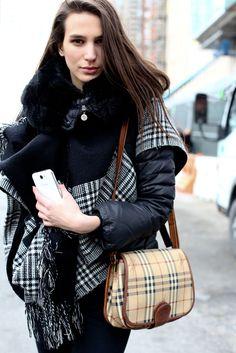 Street style new-yorkais.    http://www.femina.ch/galeries/mon-style/street-style-a-new-york    (CP: Imaxtree)