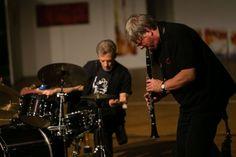 Lou Grassi (Schlagzeug), Martin Speicher (Saxophone, Klarinetten) - Konzertfotograf Kassel http://blog.ks-fotografie.net/konzertfotografie/drummer-lou-grassi-live-konzertfotografie/