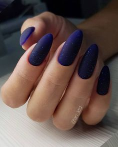 Matte nails are so popular in the beauty world these days. In case you were looking for perfect nails, we have picked out 40 matte nail designs for you to try. Dark Color Nails, Matte Nail Colors, Matte Purple Nails, Matte Gel Nails, Dark Nail Art, Dark Blue Nails, Violet Nails, Oval Nails, Gradient Nails