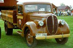 1938_Ford_V8_Truck http://upload.wikimedia.org/wikipedia/commons/5/5e/1938_Ford_V8 _Truck_FPY344_2.jpg