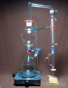 Cheap distill wine, Buy Quality distillation glassware directly from China distillation apparatus Suppliers: Essential Oil Steam Distillation Kit,Lab Apparatus,W/Hot Stove,Graham US-Plug Homemade Essential Oils, Making Essential Oils, Essential Oil Distiller, Steam Distillation, How To Make Oil, Health Shop, Aromatherapy Oils, Flask, Herbalism