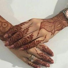 @mazarin_design Mehndi Designs Book, Finger Henna Designs, Mehndi Designs For Girls, Mehndi Designs For Beginners, Stylish Mehndi Designs, Dulhan Mehndi Designs, Mehndi Designs For Fingers, Mehndi Design Pictures, Beautiful Henna Designs