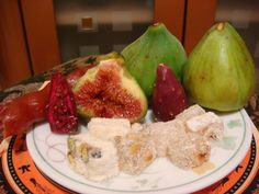 Fig, rahat lukum, cactus fruits