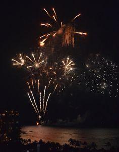 Waikiki 30 Dec 2011 - an unexpected fireworks display.