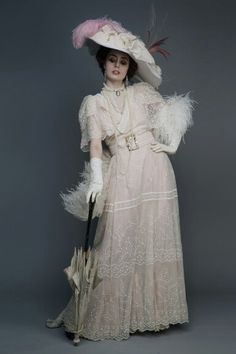 The Look: Victorian - Louise Ebel (Miss Pandora) photographed by Pauline Darley.