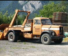 Antique Cars, Europe, Trucks, Vehicles, Bern, Vintage Cars, Truck, Car, Vehicle