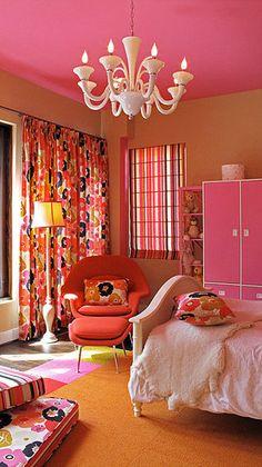 Pink and Orange Girls bedroom Girls Bedroom, Dream Bedroom, Bedroom Decor, Bedroom Ideas, 60s Bedroom, Plafond Rose, Pink Ceiling, Colored Ceiling, Deco Boheme