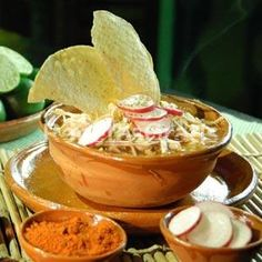 my mother in low makes the best pozole! Real Mexican Food, Tacos And Burritos, Latin Food, Mexican Dishes, Different Recipes, Food For Thought, I Foods, Mexican Food Recipes, Love Food