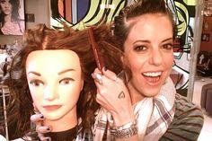Dividir o cabelo na hora da modelagem com babyliss, chapinha e qualquer outra coisa. - truques de maquiagem / paola gavazzi