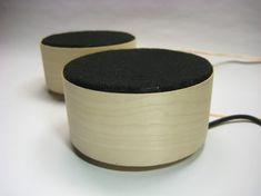 Fab Speakers - DIY open-source speakers with 3.5mm jack. Runs on AAA batteries