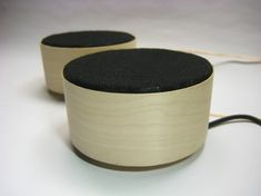 Fab Speakers - DIY open-source speakers with 3.5mm jack. Runs on AAA batteries