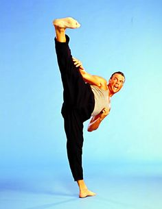 Jean Claude Van Dame. (A genuine  on martial artist , Shotokan  Karate  Kickboxing  Muay Thai  Taekwondo)
