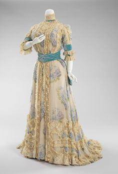 Afternoon Dress 1900-1903,