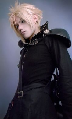 FFVII Advent Children Cloud Strife cosplay by Akitozz6